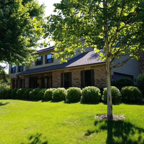 Naperville, IL - Under contract for new CertainTeed Landmark 50 yr shingle. Gorgeous home!
