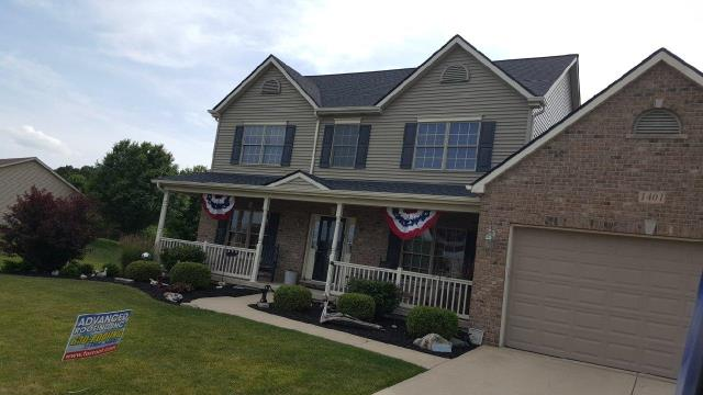 Sandwich, IL - Installed new CertainTeed Landmark 50 yr shingle.