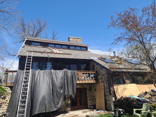 Yorkville, IL - tear off      CertainTeed shingles      roof repairs    laminated shingles    roof gutter  lifetime shingles    50 year shingles  Tear off Cedar Wood Shakes