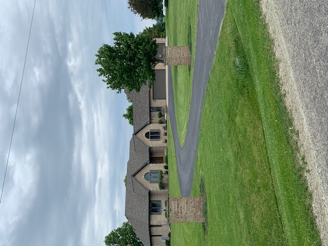 Yorkville, IL - 50 year shingles      lifetime laminated shingles   ridge venting    tear off  roofing   roof repairs    gutters     aluminum gutters