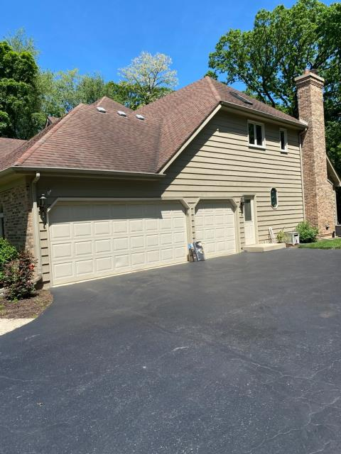 Yorkville, IL - tear off  lifetime shingles  50 year shingles  roofers nearby   aluminum fascia    aluminum soffit    architectural shingles   laminated shingles   roof repair