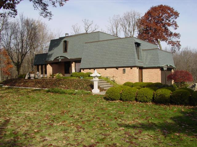 St. Charles, IL - tear off     lifetime shingles  50 year shingles   roofers nearby   aluminum fascia    aluminum soffit    Flat Roof   Commercial Roofing Membrane         Certain Teed  architectural shingles      laminated shingles       roof repair