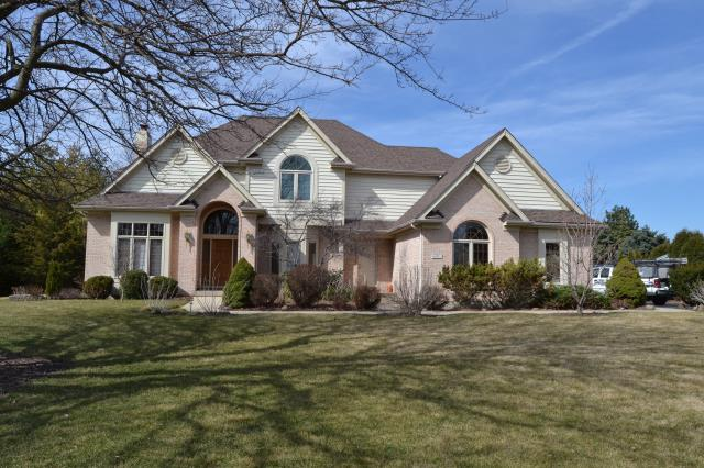 St. Charles, IL - 50 year shingles   laminated shingles   lifetime shingles    tear-off       roofers near me  Certain Teed      insurance    storm damage    roofing     shingles    new roof   roofer