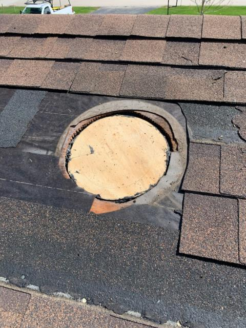 Yorkville, IL - Roof repairs  Shingle roofing repair  Certainteed lifetime shingles