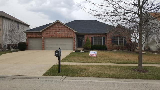 Oswego, IL - Check out the difference between the before and after images, the GAF shingle in Charcoal looks great!