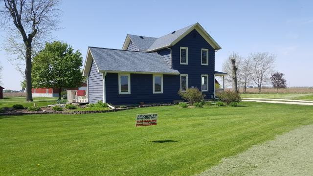 Yorkville, IL - Beautiful farm house in Yorkville