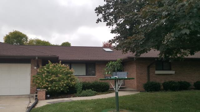 Naperville, IL - Complete roof replacement in Naperville