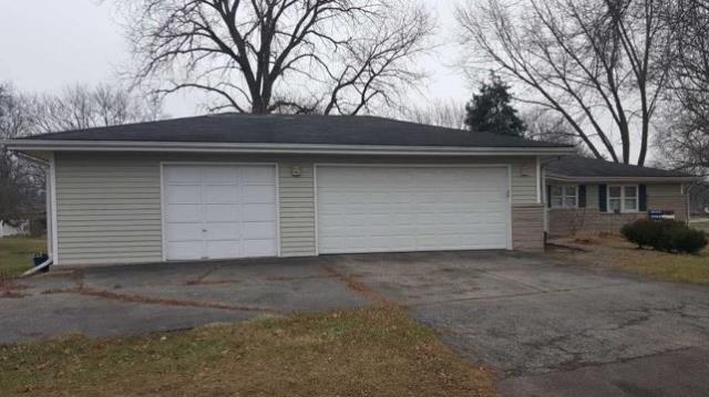 Sugar Grove, IL - Before picture.Roof replacement with GAF Timberline Pewter Gray