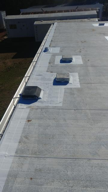 Irmo, SC - Apply 3 course hydrostop to close roof out in the gutters