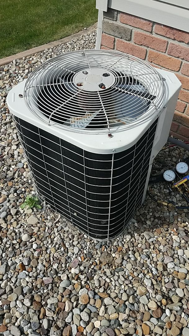 Air conditioner repair in canfield ohio. No cooling needs freon