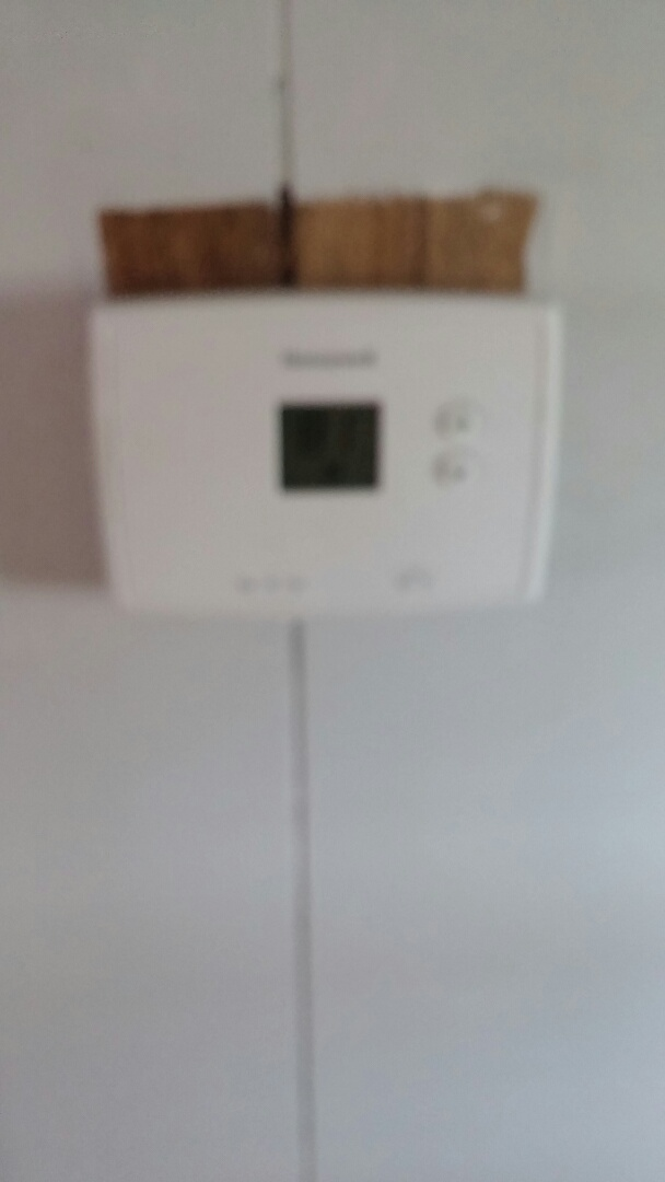 Navarre, OH - Replaced customer provided thermostat