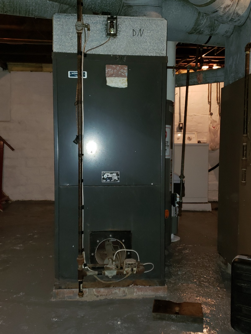 Repairing a carrier gas furnace near new Philadelphia Ohio