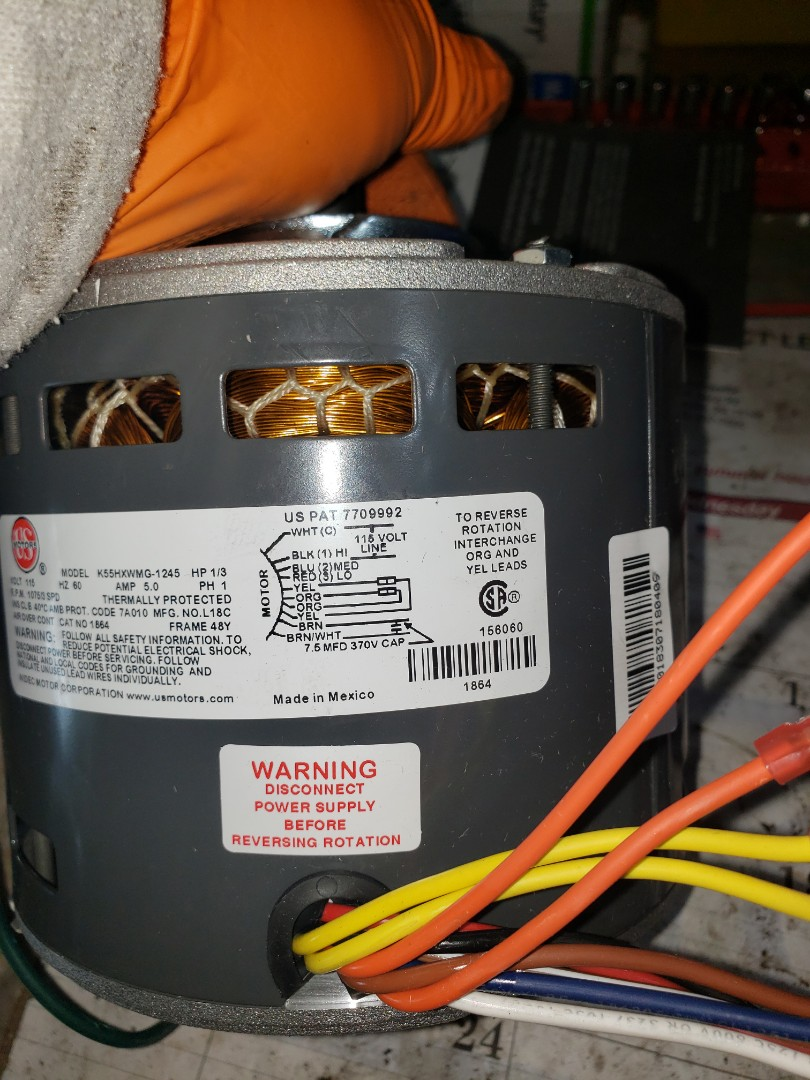 Cleveland, OH - Found defective blower motor near the airport in Cleveland ohio.  Replaced blower on an amana gas furnace.