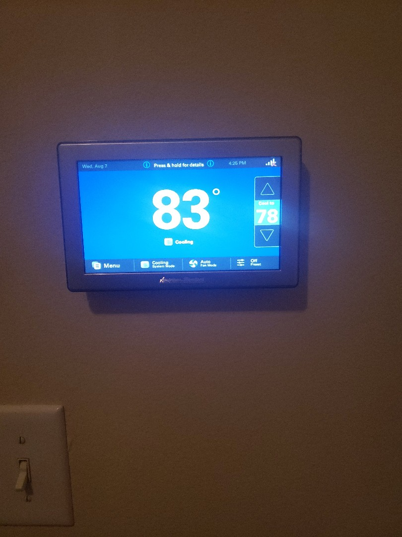 Georgetown, TX - Installing a American standard trane thermostat that is needing to be replaced