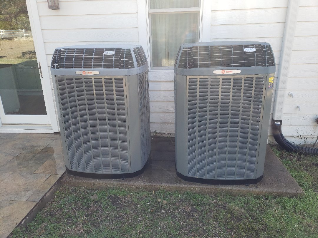 Dripping Springs, TX - Heater check on a trane heatpump system that needs duct cleaning due to dirty filters