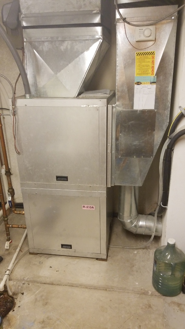 Polk City, IA - Servicing a 2010 Hydroheat geothermal ground-source heat pump in residential Polk City.