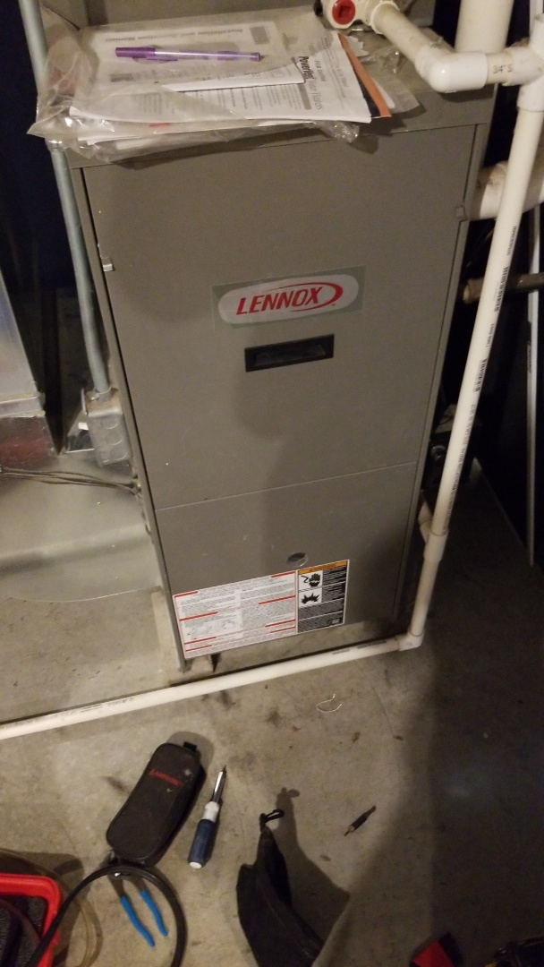 Ankeny, IA - Servicing a 2009 Lennox furnace in residential Ankeny.