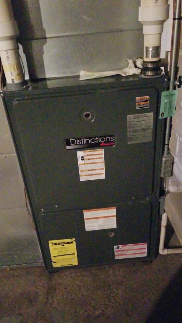 Cambridge, IA - Working on a Amana furnace in Cambridge Iowa