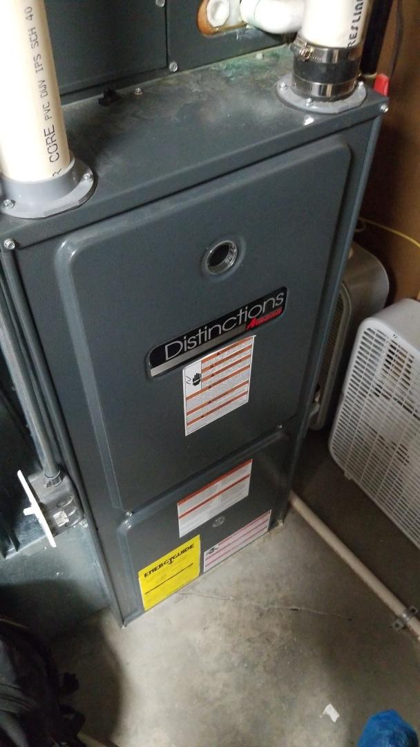Ogden, IA - Servicing a 2007 Amana furnace in residential Ogden.