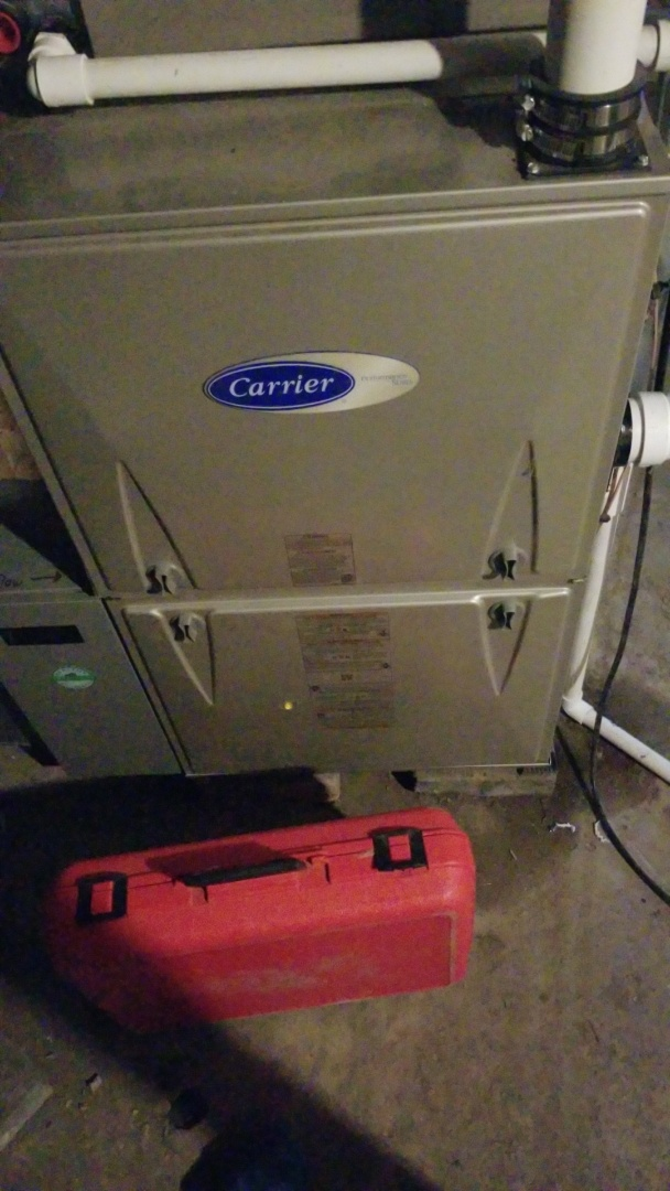 Story City, IA - Servicing a 2019 Carrier furnace in rural Story City.