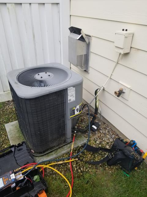 Delaware, OH - Diagnostic performed on Lennox AC Unit Frozen Coil