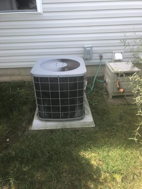 Pickerington, OH - Quote For New Carrier 80% 70,000 BTU Gas Furnace & New Carrier 13 Seer 3 Ton Air Conditioner To Replace Existing Comfortmaker AC & Furnace