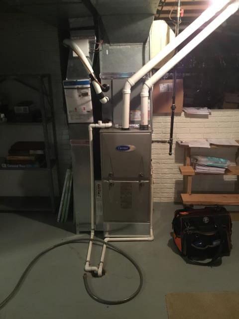 Worthington, OH - Performed Our Special Tune-Up & Safety Checkout On Carrier Gas Furnace To Keep Furnace Running Efficiently For The Fall/Winter Season