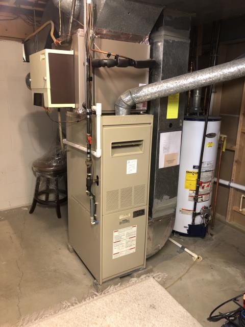 Columbus, OH - Diagnostic Service Call on Carrier furnace/ Humidifier saddle valve is leaking, attempted to tighten valve, no change, leaking around the rubber seal.