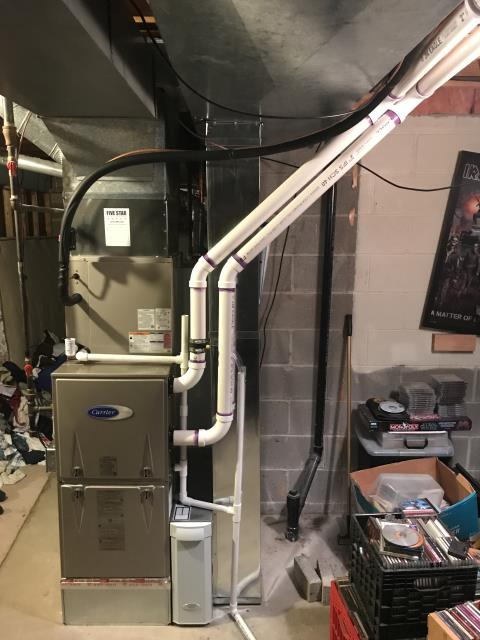Columbus, OH - Some of our talented installers installed a brand new Carrier 96.5% Variable-Speed / Two-Stage Gas Furnace (Up to 100,000BTU) and a Carrier 16 SEER Air Conditioner (Up to 3 ton).  Pictured is the customer's new furnace.