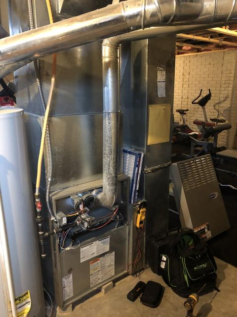 Galena, OH - Wearing  mask and gloves and keep activity in the home to a minimum, I Performed Our Whole House Duct Cleaning & Special Tune-Up & Safety Checkout On a Payne Gas Furnace To Keep Furnace Running At Highest Performance