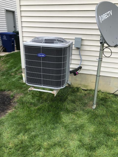 Etna, OH - I installed a new Carrier 80% 70,000 BTU Gas Furnace & Carrier 13 SEER 2.5 Ton Air Conditioner for the customer.