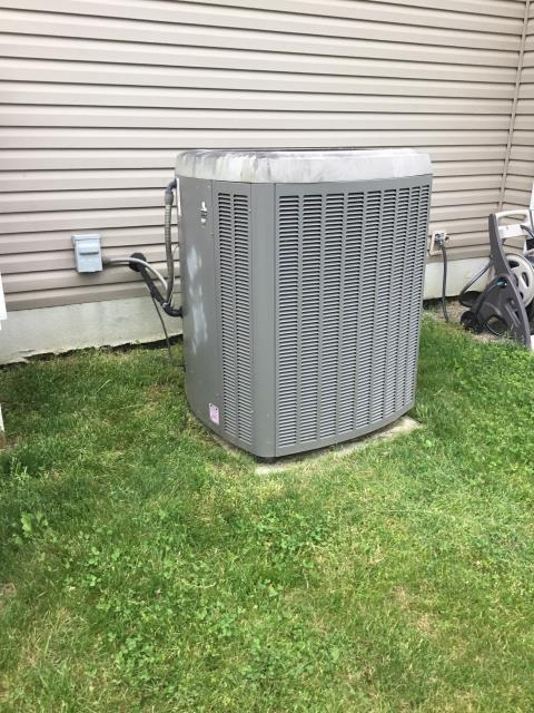 Johnstown, OH - Provided a customer an estimate to replace Lennox AC with Carrier equipment. Pictured below is the current AC.