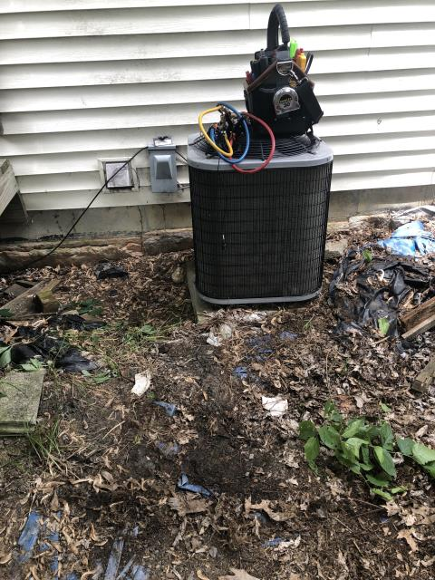 Delaware, OH - System completely empty due to leak at suction line. Looks like it wasn't installed correctly. Compressor sounds damaged as well due to running without refrigerant.