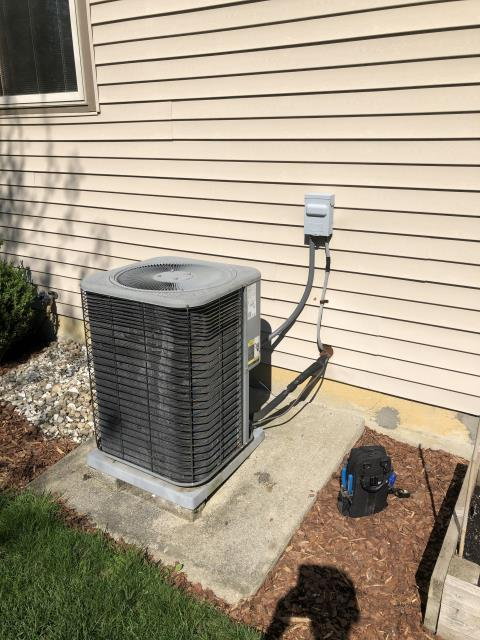 Dublin, OH - Inspected the 2005 lennox system, found everything in working order including refrigerant charge. Only issues found were the amp draw on the compressor. Compressor may fail soon and possibly has over heated from the high amp draw causing a no cooling message on the Ecobee.