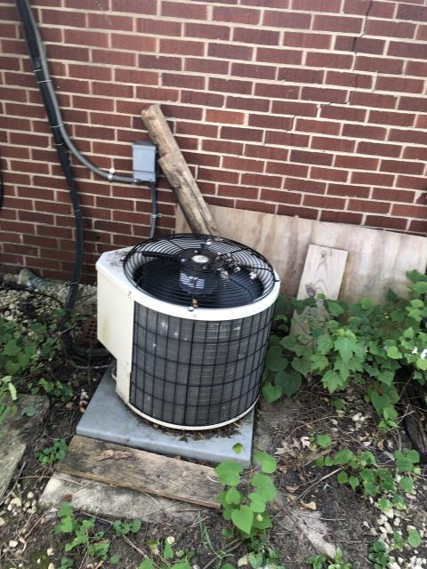Hilliard, OH - I Replaced the  Compressor-Motor Surge Capacitor on the Air Conditioner