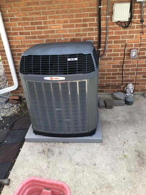 Reynoldsburg, OH - Leaking freon from this 2015 Trane unit , Leak search done.