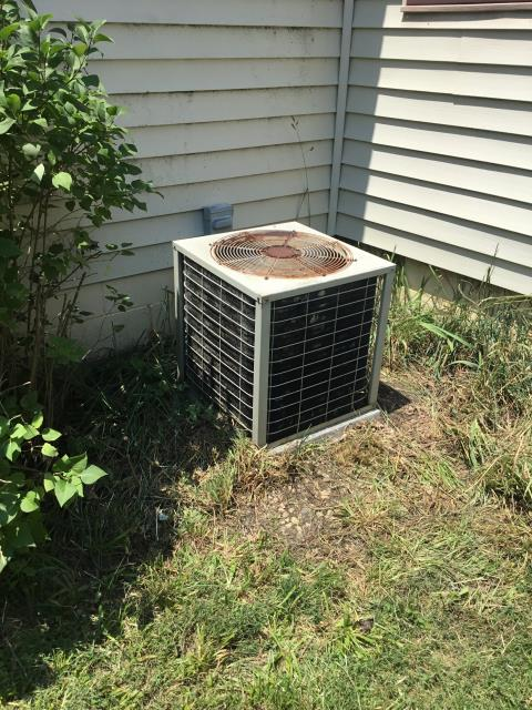Westerville, OH - I Replaced the  Compressor-Motor Surge Capacitor on this Air Conditioner
