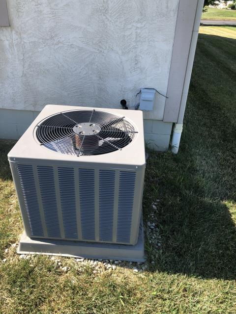Lewis Center, OH - This 2013 Rheem Ac frozen due to ECM motor failing. Motor isn't communicating with the system.