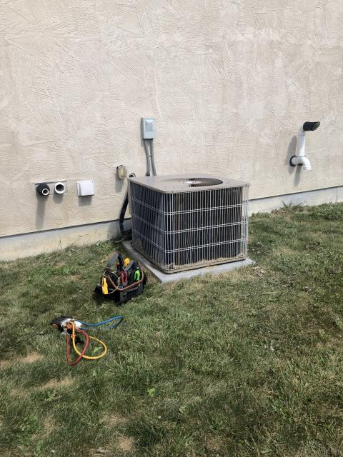 Lewis Center, OH - I replaced the Compressor-Motor Surge Capacitor on a Air Conditioner