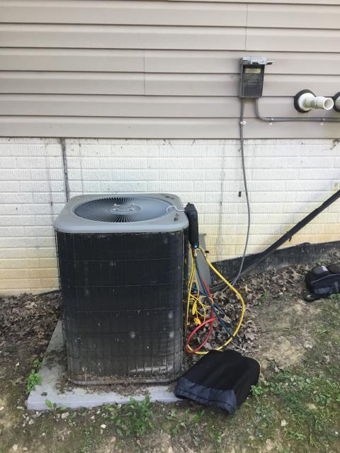 Pataskala, OH - Replaced compressor motor surge capacitor on Lennox AC. System operational at this time.