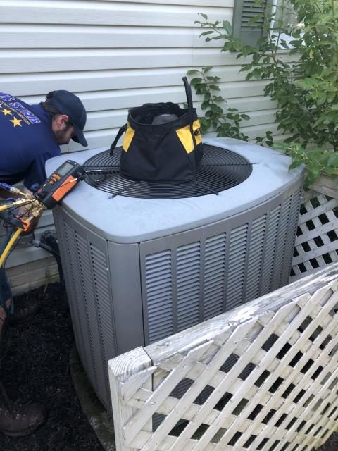 Pickerington, OH - Scheduled Maintenance Agreement tune up on 2015 Lennox Heat Pump. While preforming tune-up, tech made recommendations to replace Disconnect 60 AMP Fuse, Replace Compressor-Motor Surge Capacitor, and to do an electronic leak search. Tech added 1.5lbs or R410A