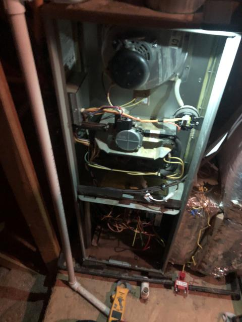 Galena, OH - 	I am Performing our Five Star Tune-Up & Safety Check on a Trane  Gas Furnace. All readings were within manufacturer's specifications, unit operating properly at this time.