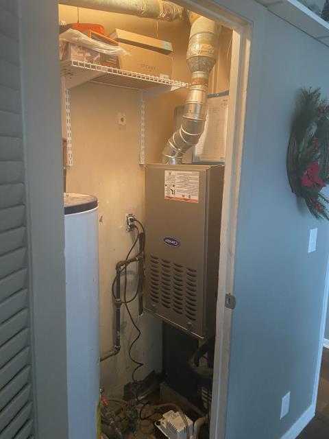 Reynoldsburg, OH - Installed a Carrier 80% 45,000 BTU Gas Furnace.
