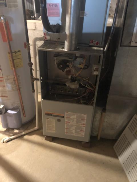 Lewis Center, OH - I performed a diagnostic on a Bryant gas furnace that is producing a loud noise. Due to the blower bearings starting to fail, the blower motor will need to be replaced. I also recommended a complete system replacement.