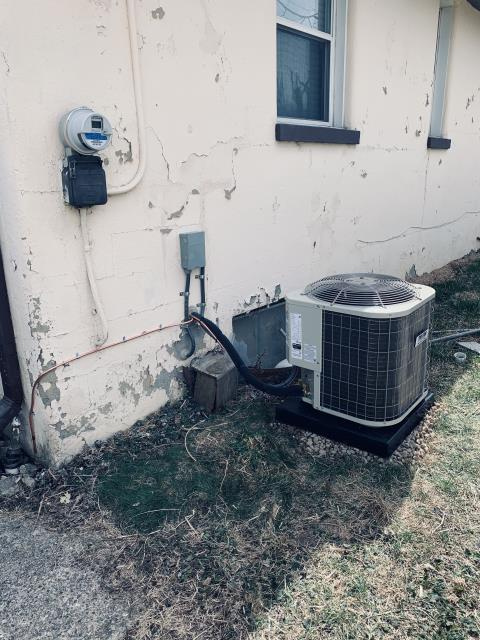 Columbus, OH - I completed a half install on a Five Star 13 SEER 1.5 Ton Air Conditioner. All equipment functional upon departure.