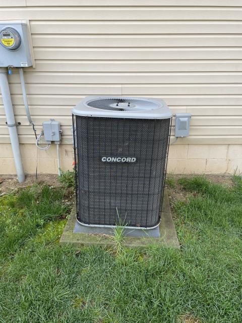 Canal Winchester, OH - I removed a Trane Gas Furnace and Concord Air Conditioner.  I installed a Carrier 80% 70,000 BTU Gas Furnace and Carrier 13 SEER 3 Ton Air Conditioner.  Cycled and monitored the system.  Operating normally at this time.  Included with the installation is a free 1 year service maintenance agreement.