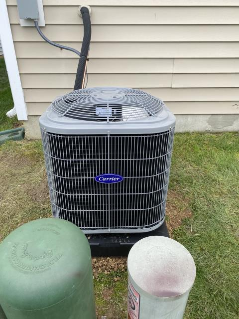 Canal Winchester, OH - I went to the customer's home to install a Carrier 13 SEER 2 Ton Air Conditioner.  The new system was fully operational when I left.