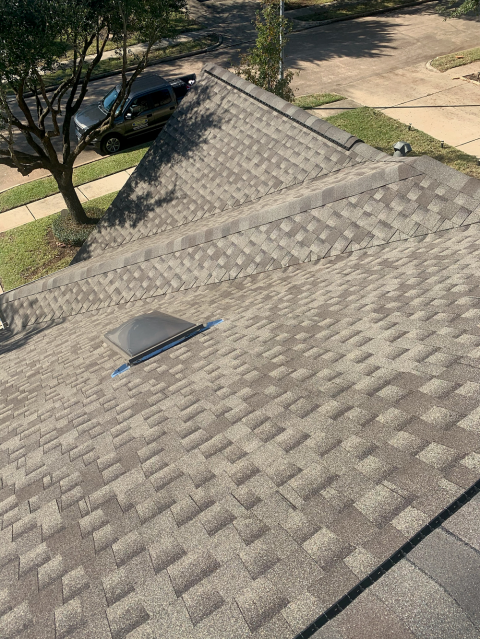 Houston, TX - Great looking roof replacement by our great team of roofing contractors!