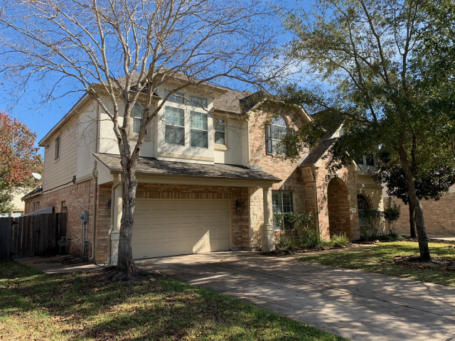 Cypress, TX - This home had a new roof for the New Year! No water damage this rainy season!