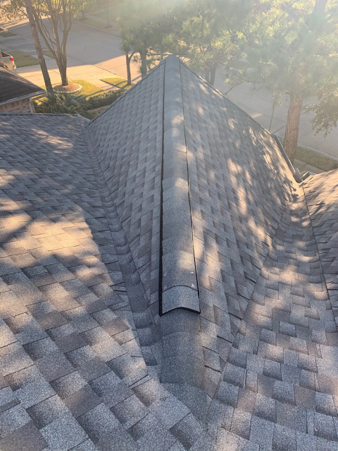 Houston, TX - Ed worked with this family in Houston to get just the right look for their new roof! What a great job, they were incredibly happy!